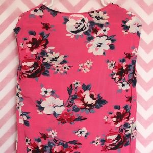 Old Navy Tops - Old Navy Pretty Pink Floral Top Size M